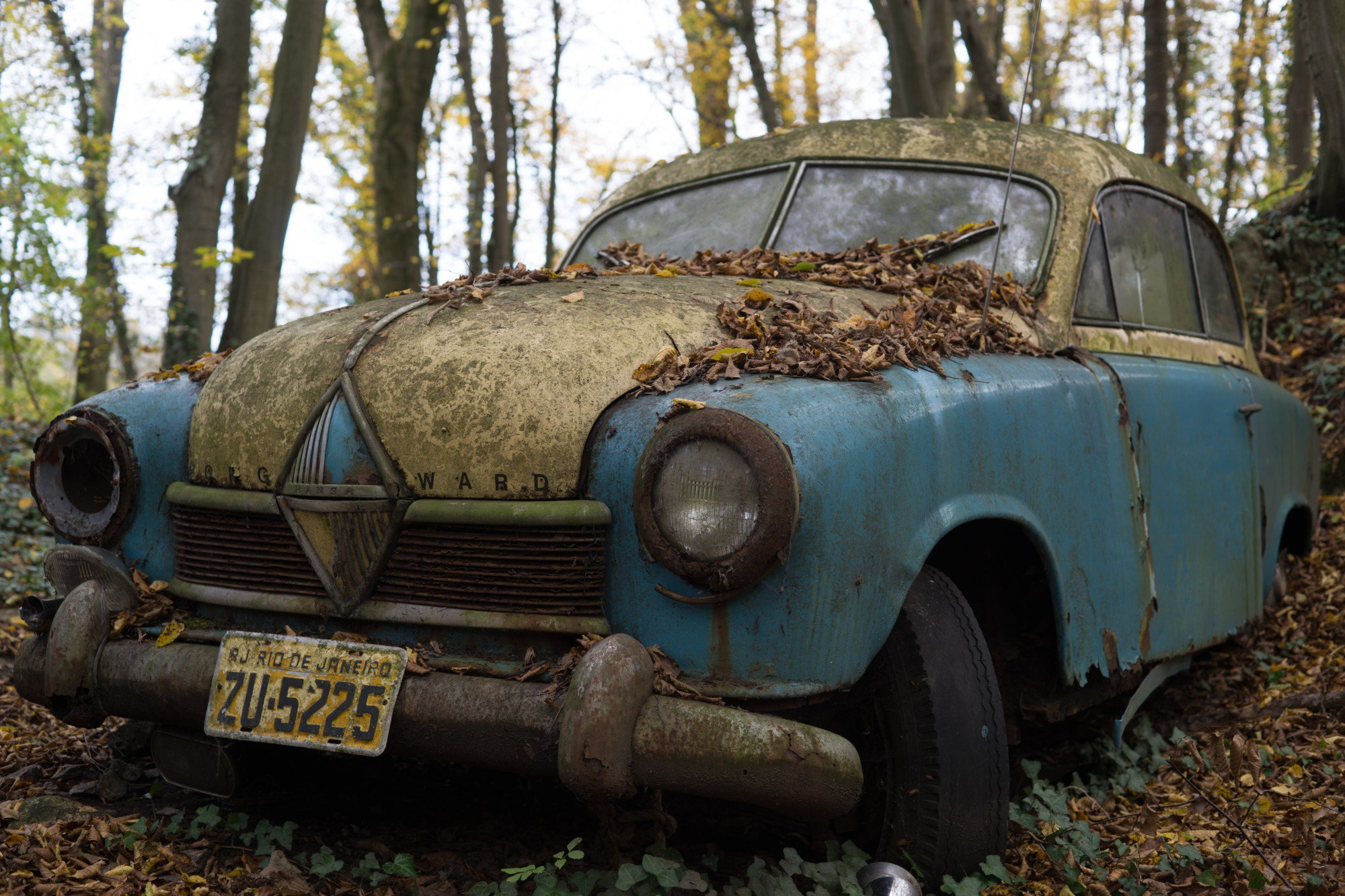 The Easiest Way to Get Rid of Junk Cars: A Step-By-Step Guide