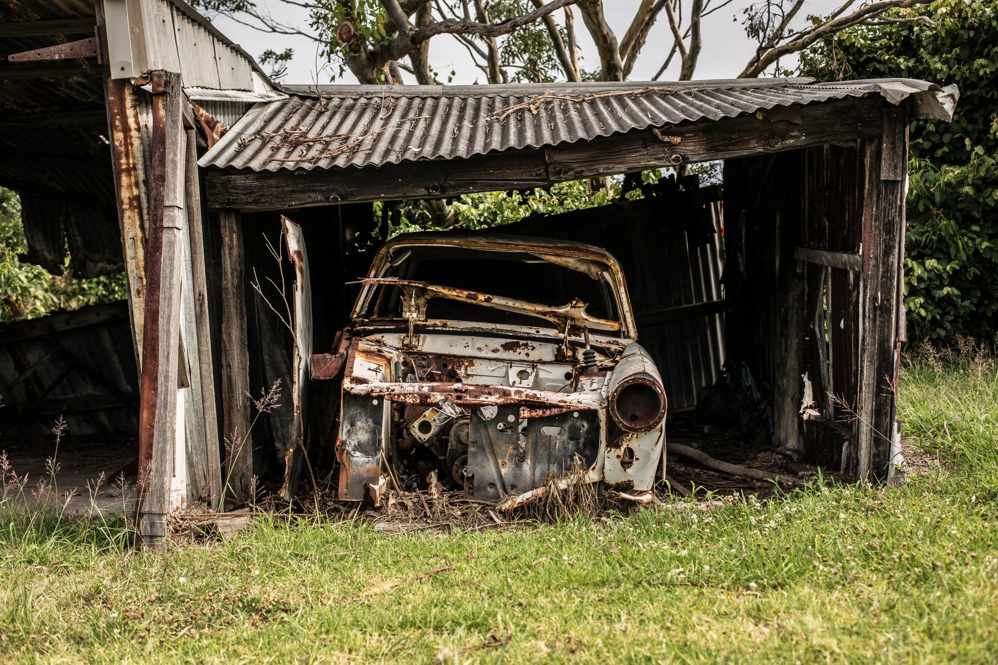 5 Common Old Car Parts You Can Easily Reuse
