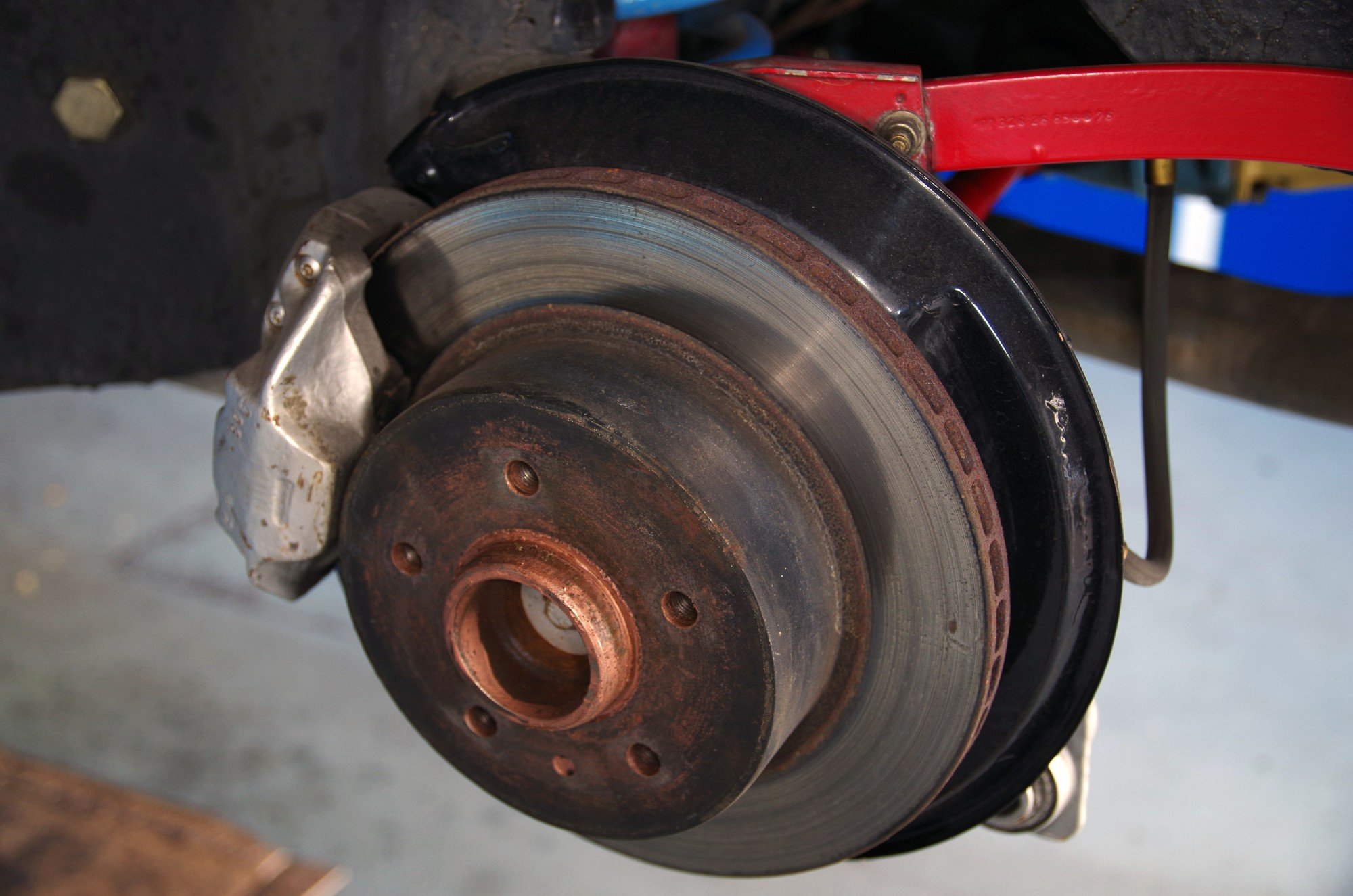 Stop! The Warning Signs You Need New Brakes