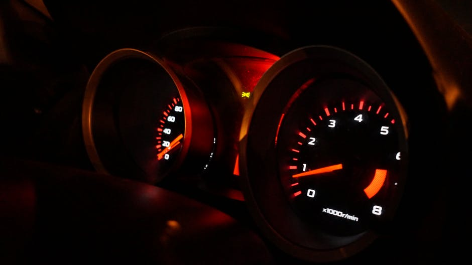 5 Warning Dashboard Lights Never to Ignore