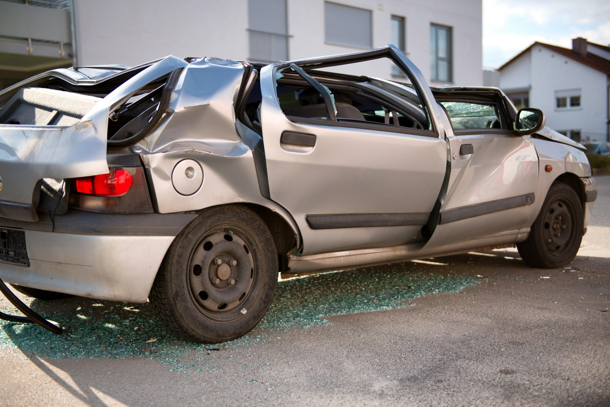 How to Sell a Totaled Car for Cash