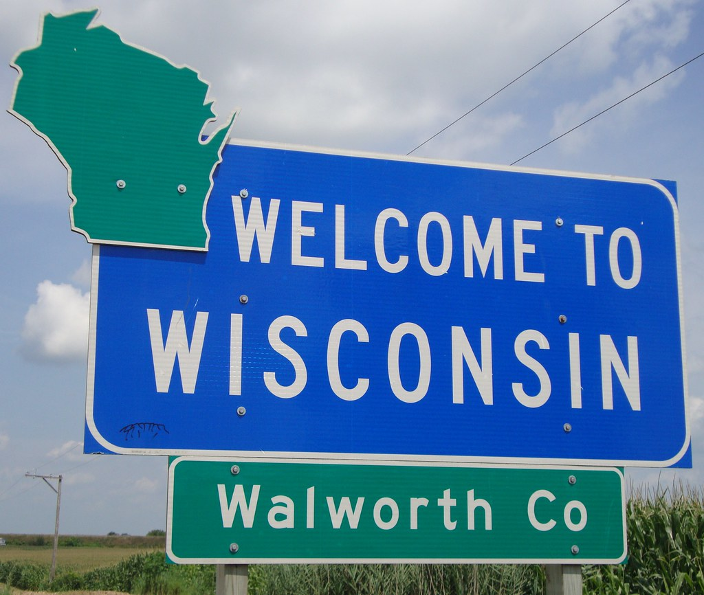 How To Sell A Car in Wisconsin and Follow All State Mandates