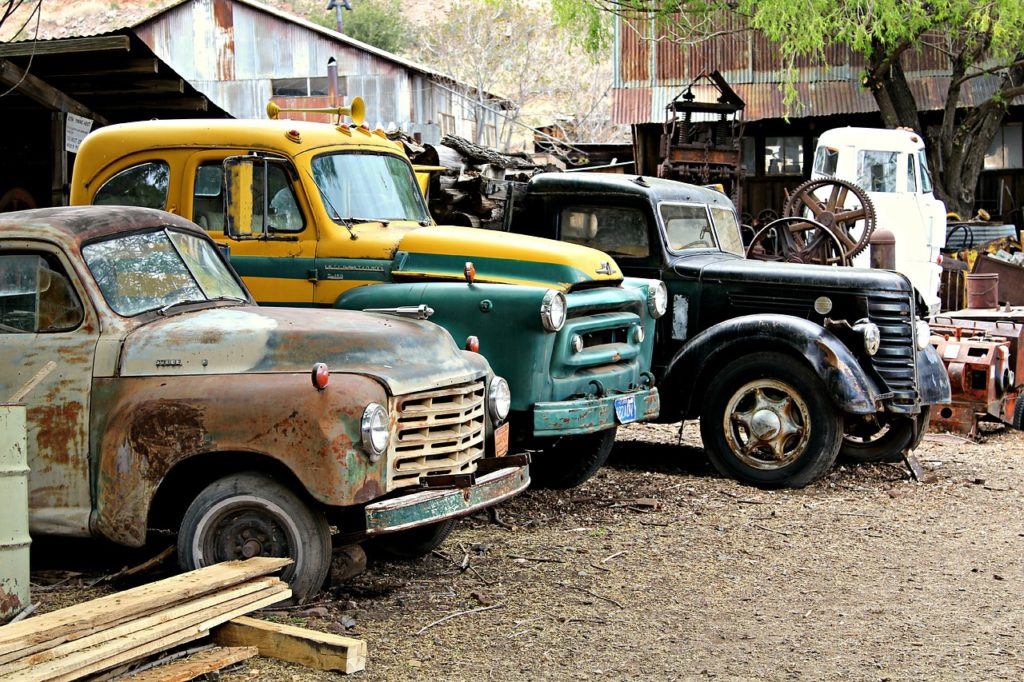 selling old cars to junk yards