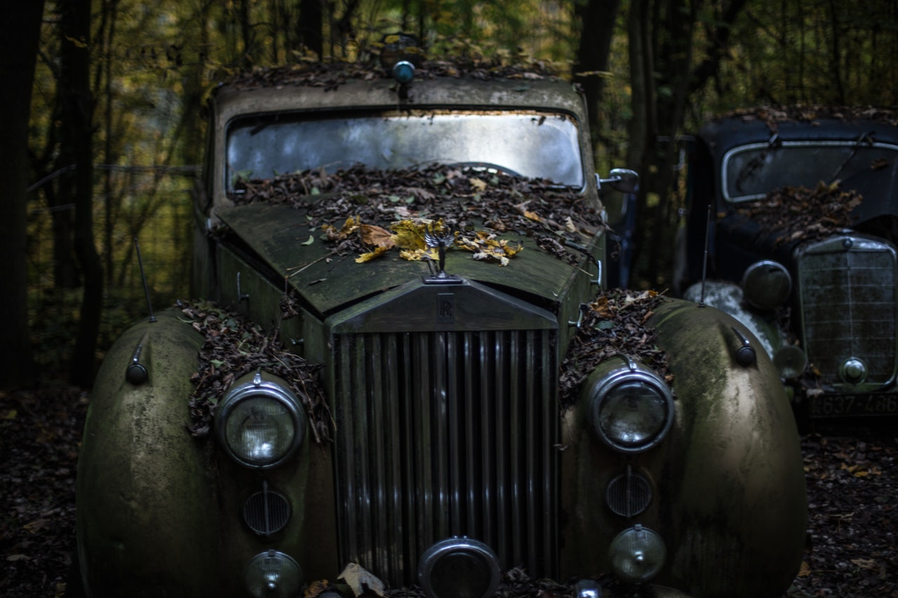 How Are Junk Cars Valued in Des Moines, IA