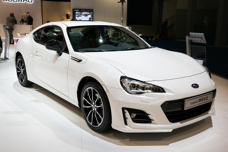 Toyota 86 vs Subaru BRZ: Which Sports Car is Right For You?