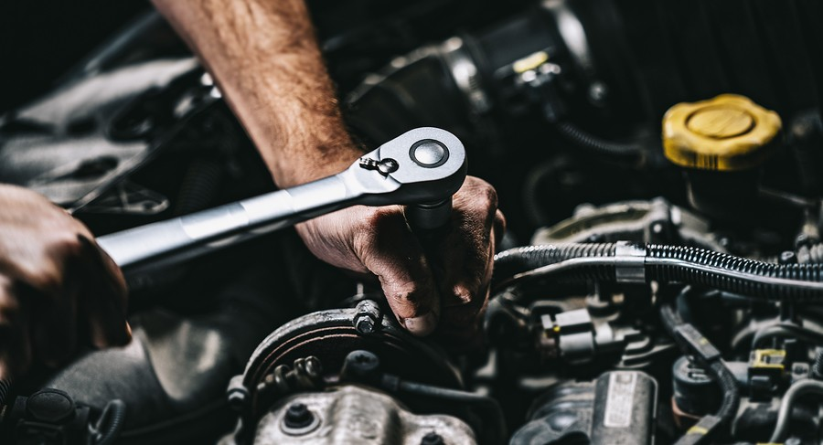 Transmission Mechanic – What Do They Do?