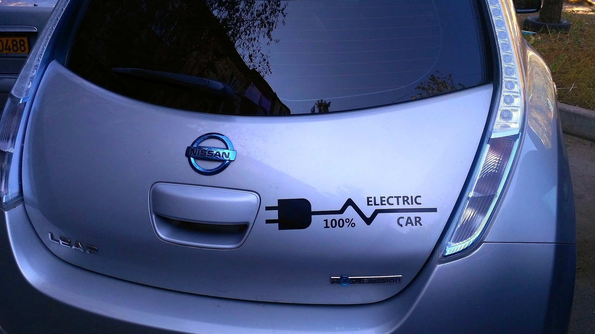 10 Electric Car Maintenance Tips: Extend the Life of Your Electrical Vehicle!