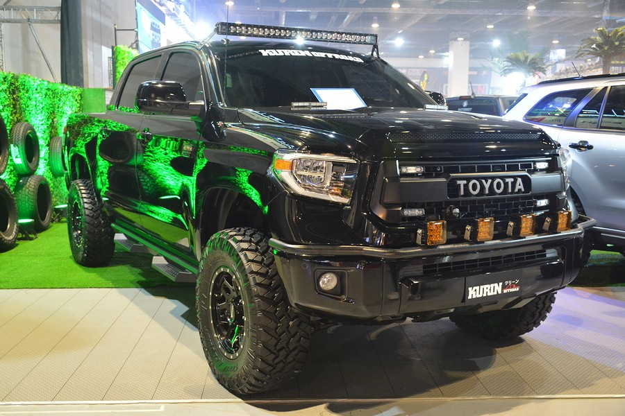 Toyota Tundra vs Ford F-150: Which Truck is Right for You?