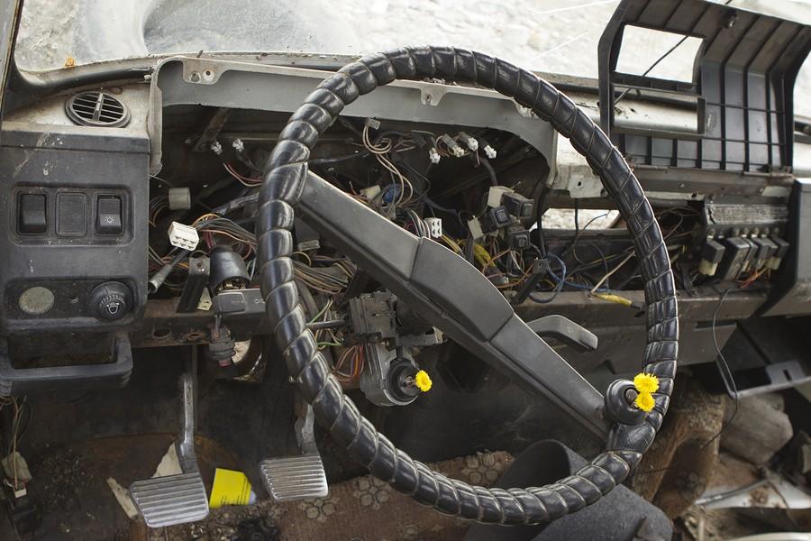 Receive FAST Cash For Junk Cars La Vergne, TN! FREE Junk Car Removal!