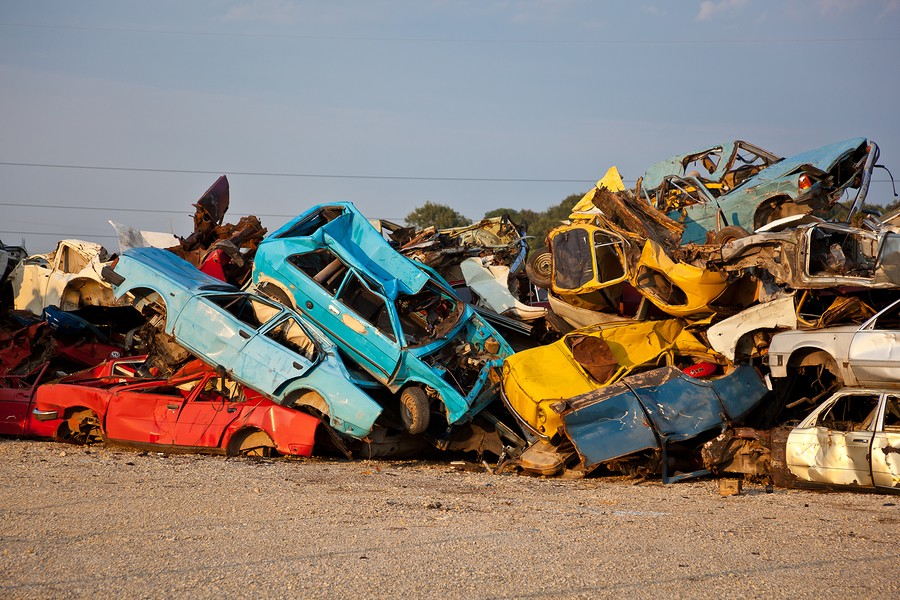 Cash For Junk Cars Newark, OH – Instant Offer and FREE Junk Car Removal Await!