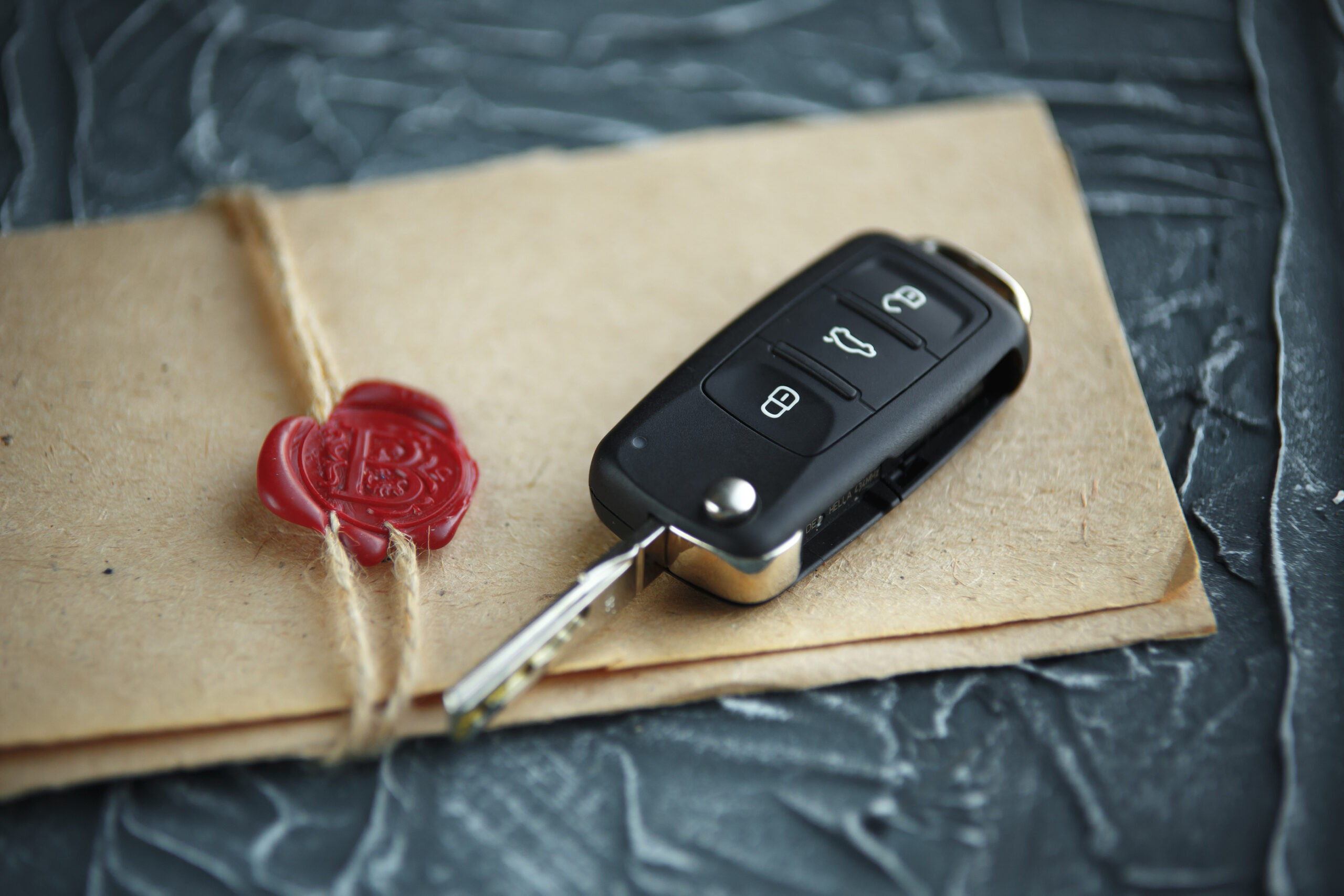Is Selling Your Car Privately Worth The Risk? – Here's What You Need To Know