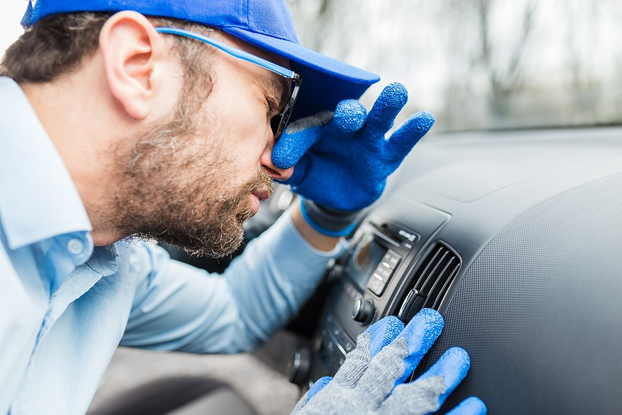 Tips on Troubleshooting Smells That Come From the Car Engine