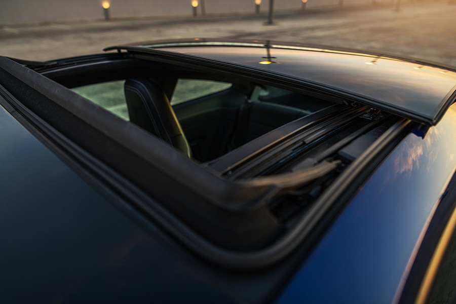 Cars with the Best Panoramic Sunroofs – What You Need To Know!