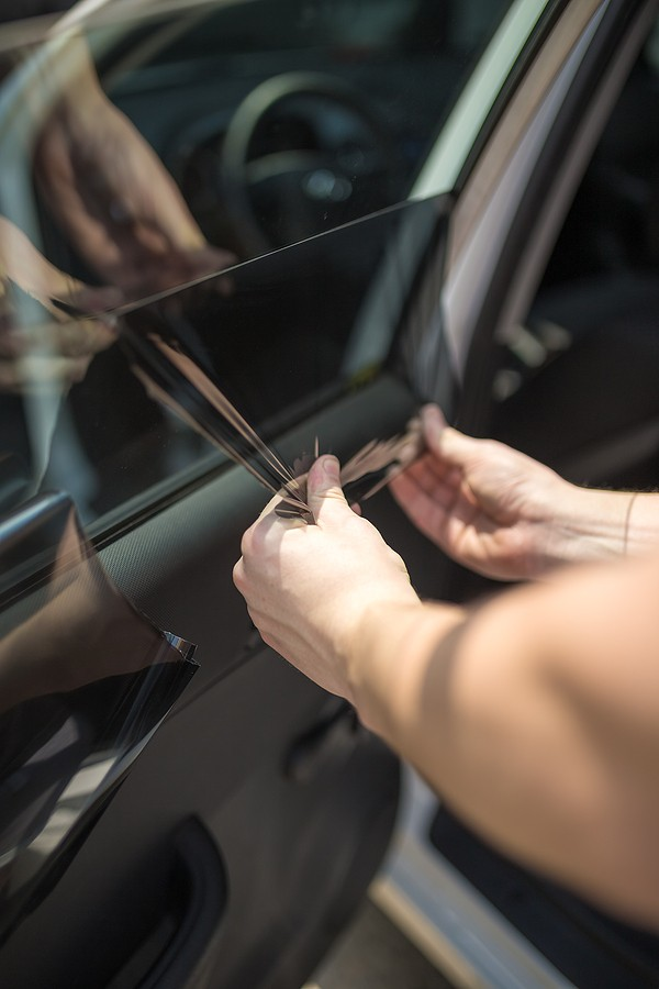 How to Remove Window Tint: Everything That You Need to Know