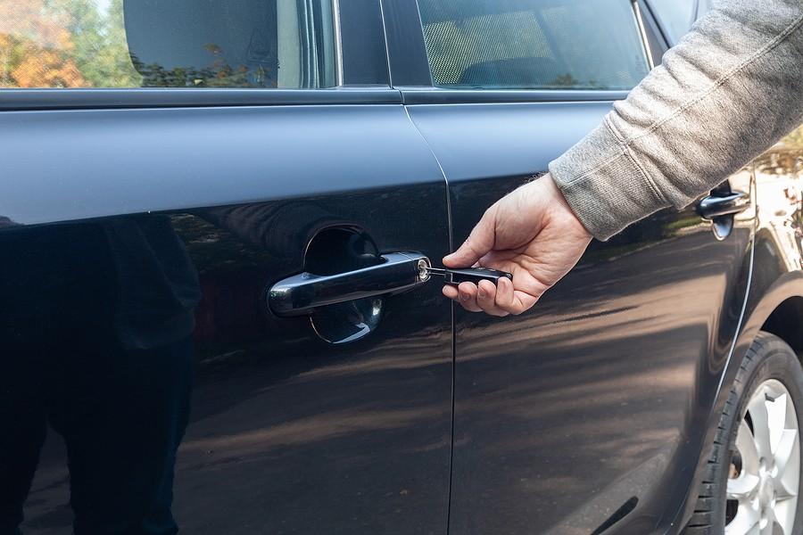 My Key Stuck In Car Door, What Should I Do?