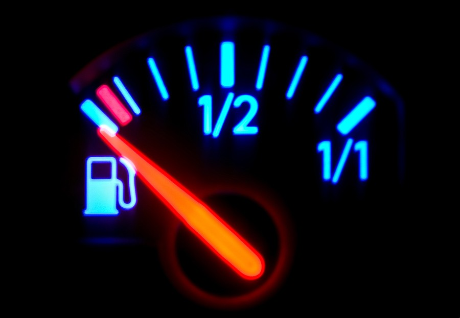 Fuel gauge reading incorrectly: Causes and Troubleshooting