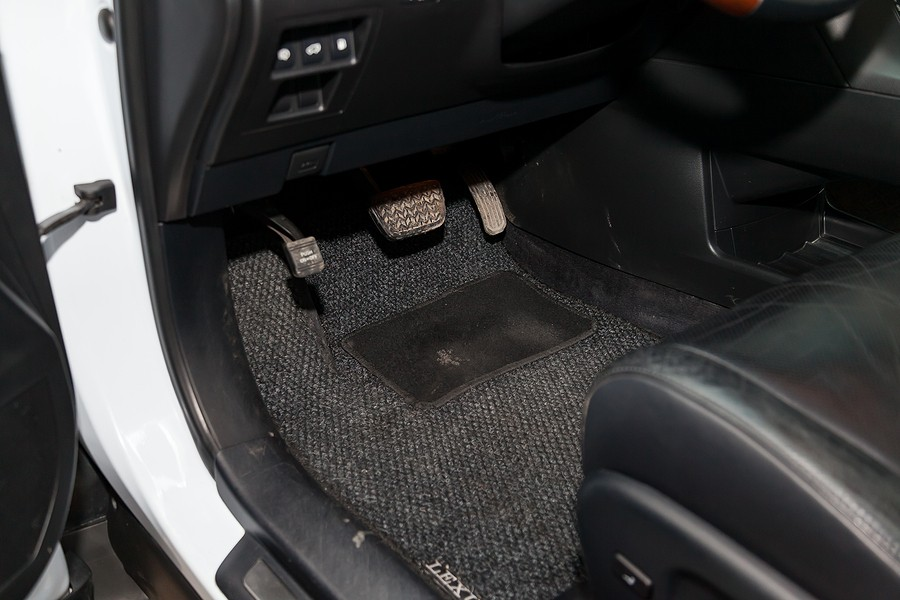 10 Best All-weather Floor Mats: Make An Informed Decision Before Purchase!
