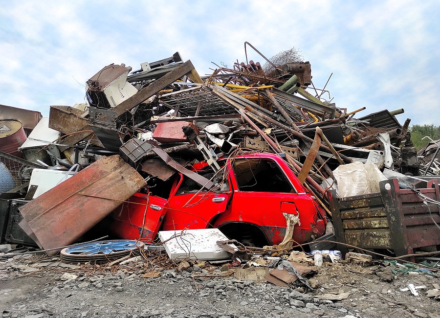 What Does a Salvage Yard Do With Junked Cars?
