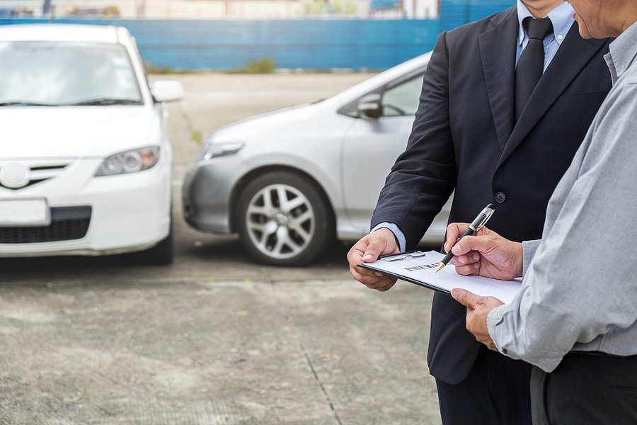 Do I Have To Fix My Vehicle After I File A Claim? Check Out Details On Not Even Claiming The Accident!