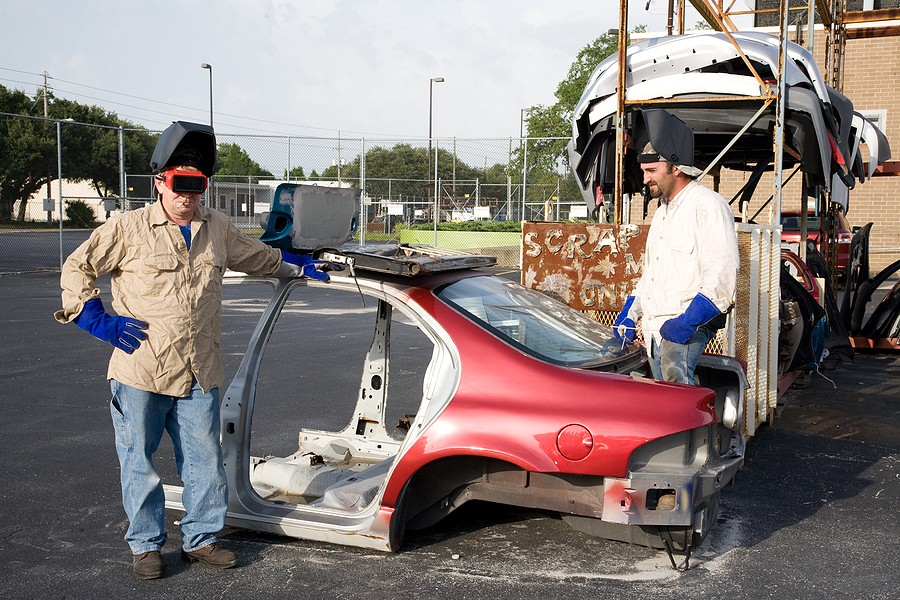Junk Car Buyers in Your Area: Are You Looking for The Most Cash For Your Clunker?
