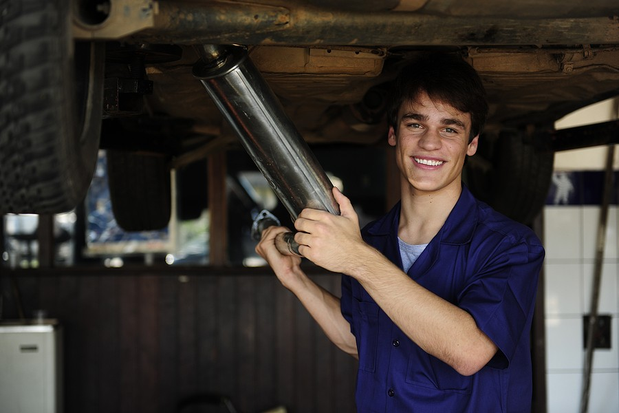 Repair or Replace Your Car? Eight Factors to Decide!