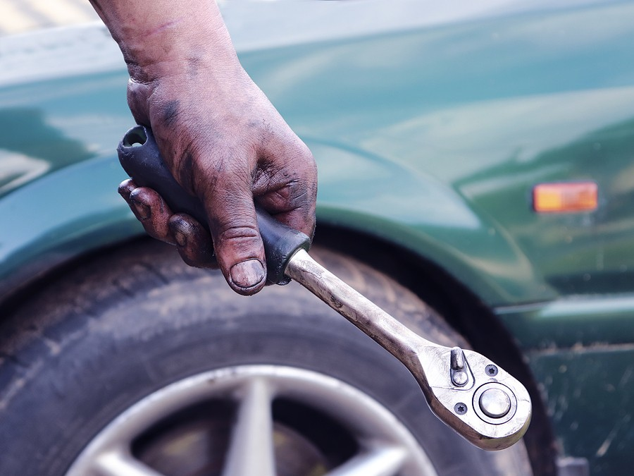 10 Signs It's Time to Junk Your Car!