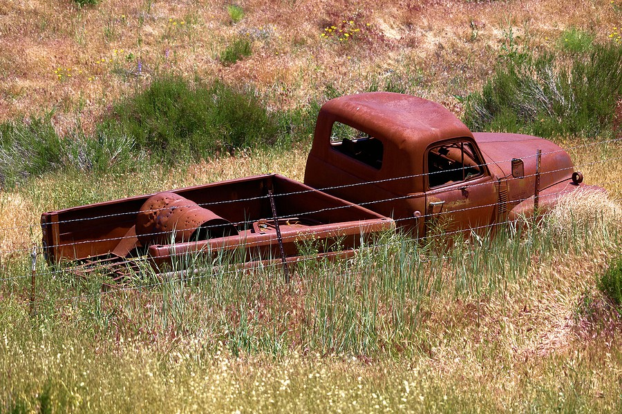 Reasons Why You Shouldn't Leave That Junk Car on Your Property
