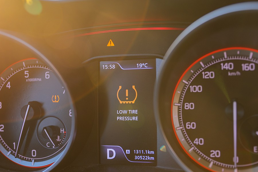 Tire Pressure Warning Lights – These Dashboard Lights Can Help Keep You Safe!