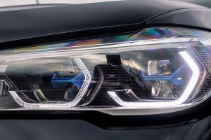 How to Clean Your Headlights for Summer