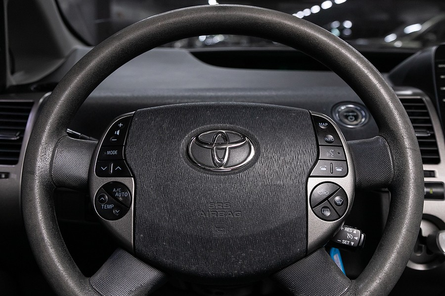 How to Sell My Toyota Prius? Sell Prius For Parts or As A Whole!