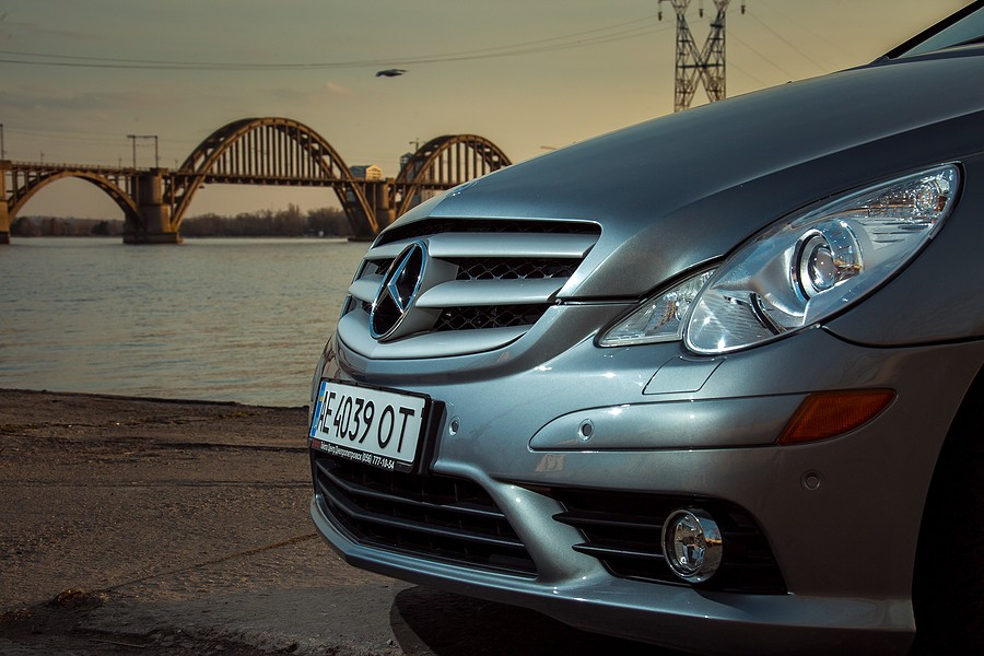 Mercedes Benz Air Conditioning Problems – Watch Out For An AC Refrigerant Leak!