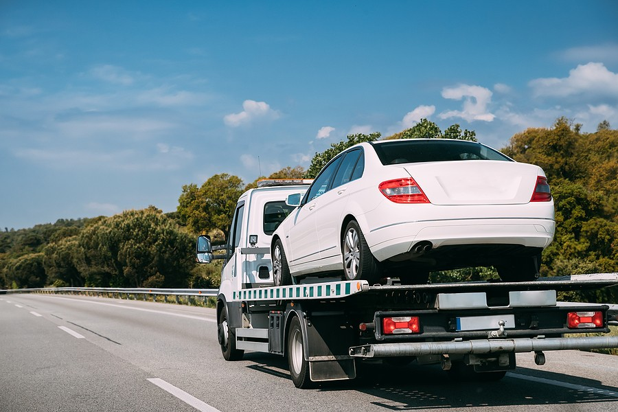 How Much Does It Cost to Tow A Car