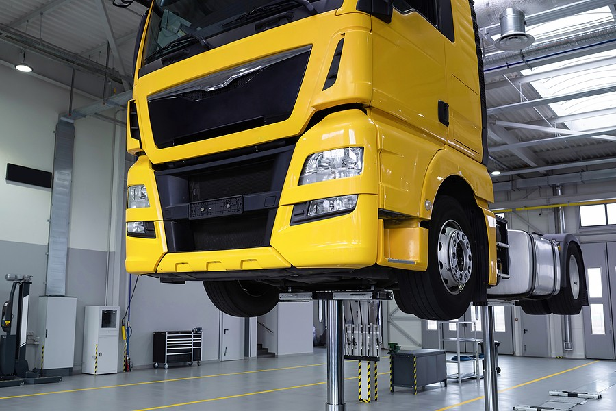 What's Involved In Lifting A Truck and How Much Does It Cost?
