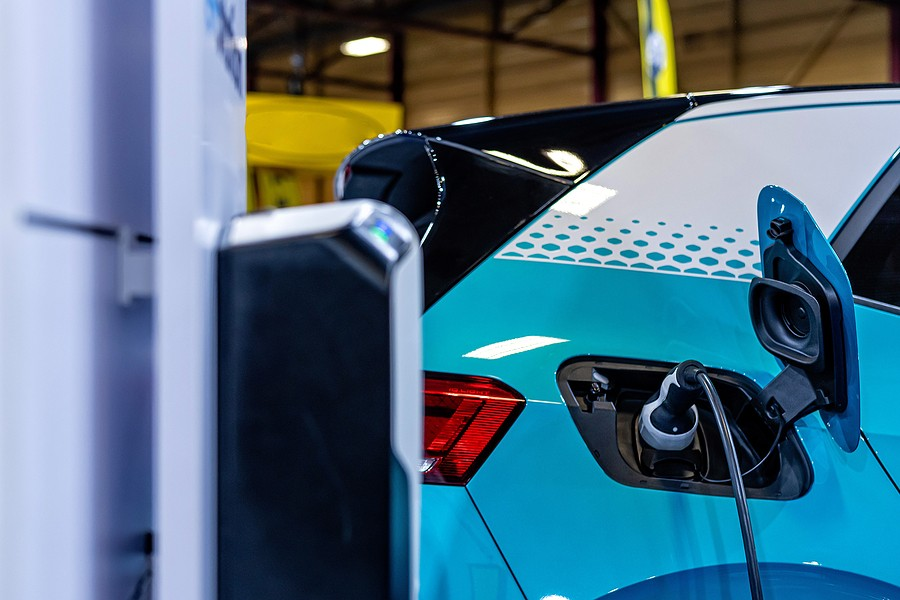Are Electric Cars More Expensive to Repair Than Gas Cars?