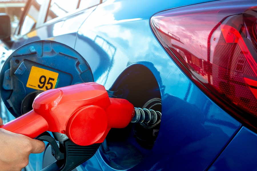 How Can I Save Gas Money on A Road Trip? Tips and Tricks