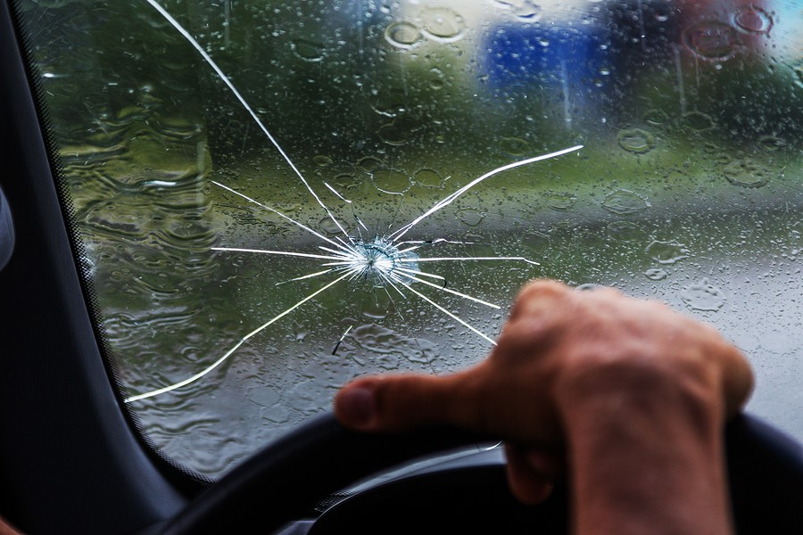 Can I Drive with A Cracked Windshield? All You Need to Know