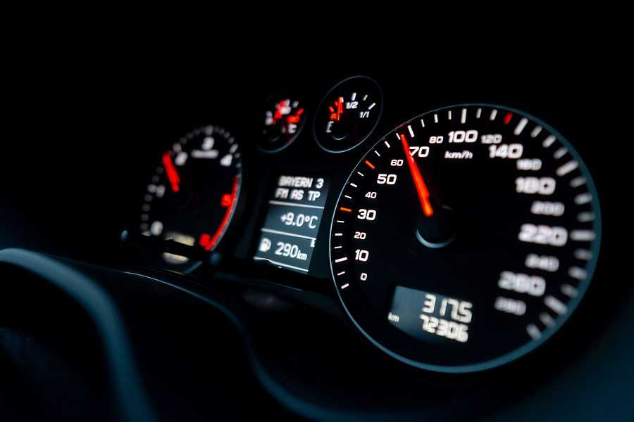 Does Driving at Top Speed Damage a Car or Stress the Engine? What You Need to Know!