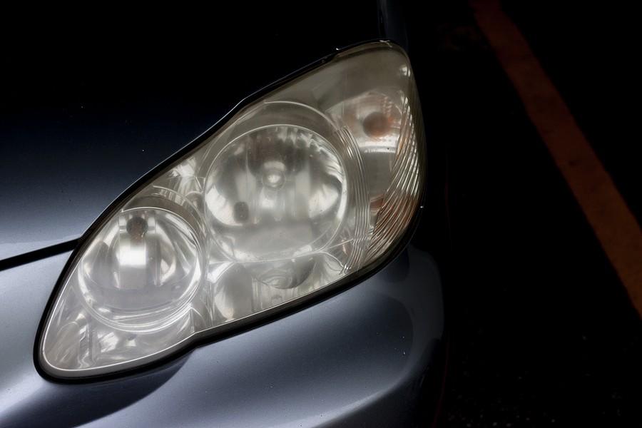 why dim headlights